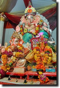 Ganesh idol around the corner from our home